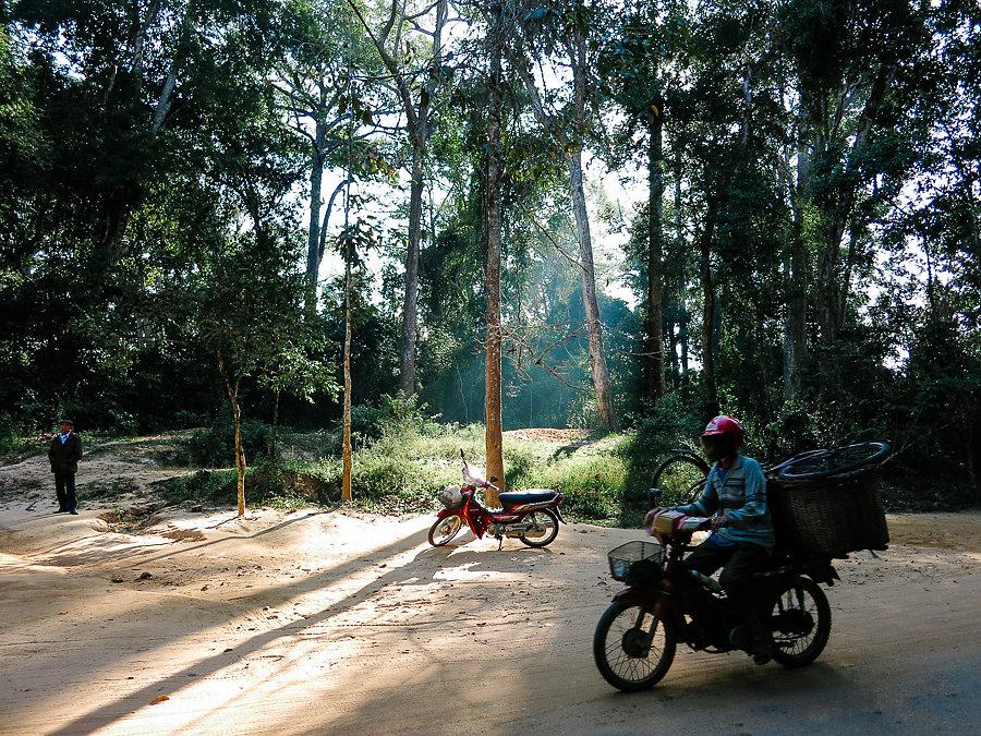 Cambodia-010814-20140108-IMG-0983-00070.jpg